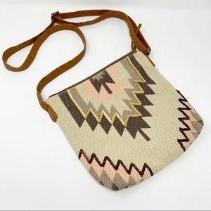 T-Shirt & Jeans Aztec print boho crossbody bag